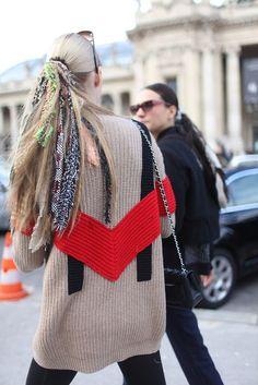 ❖ I love the red knit V!!!
