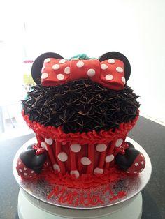 Half & Half Giant Cupcake | Flickr - Photo Sharing!