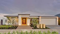 Red Ink Display Homes: The Pacific Small Modern Home, Modern Contemporary Homes, Style At Home, Australia House, Western Australia, Modern Ranch, Transitional House, New Home Builders, Display Homes