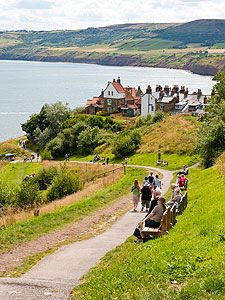 A view over Robin Hood's Bay, North Yorkshire, UK Aug 2015 East Yorkshire, Yorkshire England, Yorkshire Dales, England And Scotland, England Uk, London England, Robin Hoods Bay, Places In England, Places Of Interest