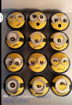 My best friend love minions! She will go cray for these cupcakes! And she loves cupcakes too! Minion Birthday, Minion Party, 4th Birthday, Birthday Cakes, Birthday Cake For Guys, Minion Food, Birthday Presents For Her, Birthday Ideas, Cupcakes Dos Minions