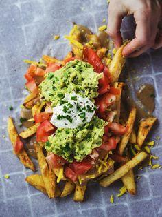 "veganfeast: "" Vegan Poutine II by Gloria Via Flickr: recipe here: shanyaraleonie.com/recipes/vegan-poutine/ """