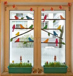 Classroom Window Decorations, School Decorations, Classroom Decor, Spring Decoration, Cardboard Christmas Tree, Animal Crafts For Kids, Paper Crafts Origami, Bird Crafts, Window Art
