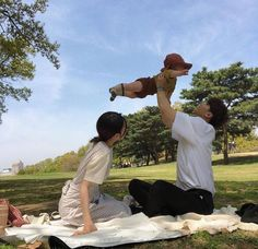 and baby ulzzang (notitle) Cute Asian Babies, Korean Babies, Asian Kids, Cute Babies, Couple Ulzzang, Ulzzang Kids, Ulzzang Korea, Cute Family, Family Goals