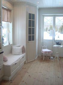 Corner Kitchen Pantry, Kitchen Larder, Kitchen Pantry Design, Kitchen Cabinet Colors, Painting Kitchen Cabinets, Shed Homes, Chic Living Room, Home Renovation, Home Kitchens