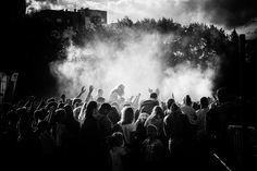 Goya Kusz: W tłumie szaleństwo...