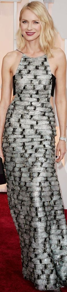 Naomi Watts stands out on the red carpet in this contrast print gown by Armani Privé. 2015 Oscar Red Carpet