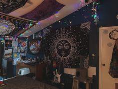 Room Design Bedroom, Room Ideas Bedroom, Room Decor, Hippy Room, Chill Room, Grunge Room, Indie Room, Aesthetic Bedroom, Fashion Room