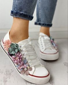 Floral Embellished Lace-Up Casual Sneakers Painted Sneakers, Painted Shoes, Diy Fashion, Fashion Shoes, Punk Fashion, Lolita Fashion, Fashion Dresses, Casual Sneakers, Shoes Sneakers