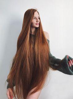 Insta 10 - Girl with Seriously Gorgeous Hair Long Red Hair, Very Long Hair, Girls With Long Hair, Red Hair Woman, Beautiful Red Hair, Rapunzel Hair, Silky Hair, Pretty Hairstyles, Her Hair