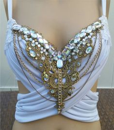 Glam Greek Goddess Design Custom Bra Costume Lingerie Rave Bra from cRave Creations PLUR. Belly Dance Outfit, Belly Dance Costumes, Diy Costumes, Burlesque Costumes, Tribal Belly Dance, Lingerie Chic, Barbie Mode, Mermaid Bra, Mermaid Makeup