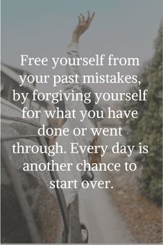 Inspirational Quotes // Free yourself from your past mistakes, by forgiving your. Inspirational Quotes // Free yourself from your past mistakes, by forgiving yourself for what you have done or went through. Every day is another chance to start over. Uplifting Quotes, Meaningful Quotes, Positive Quotes, Motivational Quotes, Inspirational Quotes, Eye Quotes, Words Quotes, Wise Words, Sayings