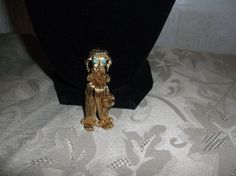 VTG. TURQUOISE GREEN CAB & WEAVED GOLD TONE METAL FRENCH POODLE DOG BROOCH~ #FrenchPoodleDog