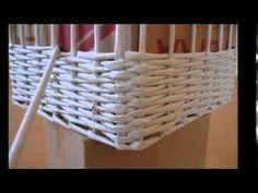 Weaving Baskets with Newspaper Wicker Newspaper Basket, Newspaper Crafts, Diy Crafts Hacks, Home Crafts, Paper Basket Weaving, Recycled Paper Crafts, Square Baskets, Paper Bowls, Paper Flowers Diy