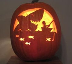 David LaRochelle's amazing Jack-O-Lanterns....def what I am carving this year. I will try!