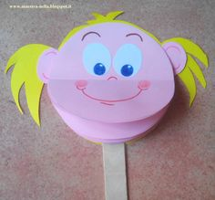 free tutorial on how to make these multi-face puppets to help with emotion recognition and handling Puppet emotions Teaching Emotions, Emotions Activities, Feelings And Emotions, Preschool Activities, Emotion Recognition, Art For Kids, Crafts For Kids, Toddler Crafts, Kids And Parenting
