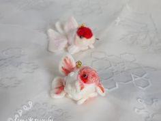 ピンポンパールストラップの画像 Goldfish, Felt, Felting, Feltro, Red Fish, Felt Crafts