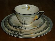 Burleigh ware china set of four trio sandwich plate art deco moonbeams Plate Art, China Sets, Side Plates, Queen Anne, Cup And Saucer, Tea Cups, Art Deco, Clay, Pottery