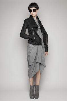 TOTOKAELO - Looks - Styled Dessee Wrap Tunic