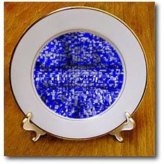 A design made in blue with extrusions of gray Plate
