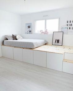 Ikea Small Bedroom, Ikea Hack Bedroom, Bedroom Hacks, Room Ideas Bedroom, Home Bedroom, Bedroom Decor, Small Room Design Bedroom, Home Room Design, Ikea Hack Besta