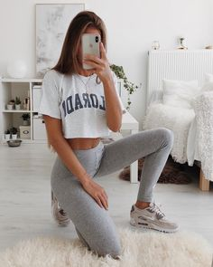 gym apparel for women woman exercises gym apparel Lazy Outfits apparel baddieoutfitsforschool exercises gym Woman Women Lazy Outfits, Teenage Outfits, Cute Comfy Outfits, College Outfits, Mode Outfits, Sport Outfits, Summer Outfits, Fashion Outfits, Comfy College Outfit