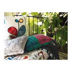 IKEA furniture and home accessories are practical, well designed and affordable. Here you can find your local IKEA website and more about the IKEA business idea. Dorm Room Crafts, Cushions Ikea, Black And White Cushions, Diy Cushion, Cushion Covers, Ikea Interior, Guest Room Office, Room Color Schemes, Pillow Room