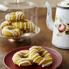 7 Desserts So Delicious You'd Never Know They're Packed With Veggies: Sweet Potato Doughnuts with Buttermilk Glaze http://www.prevention.com/food/healthy-recipes/healthy-dessert-recipes-vegetables?s=8&cid=socFO_20140928_32458566