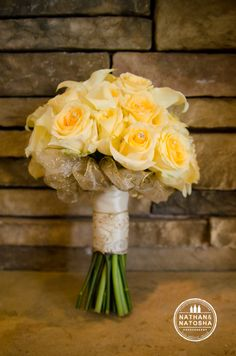 Nathan and Natosha Photography Bear's Best Golf Course Atlanta www.nathanandnatosha.com yellow bouquet