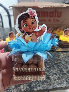 2nd Birthday Cake Girl, Moana Birthday Party, Happy 2nd Birthday, Birthday Parties, Moana Party Decorations, Birthday Decorations, Moana Hawaiian, Festa Moana Baby, Moana Crafts