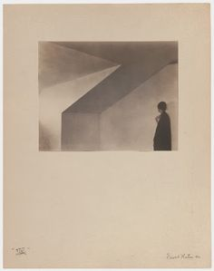 EDWARD WESTON ( AMERICAN 1886 – 1958 )  ATTIC 1921