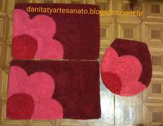 Jogo de banheiro Shaggy Rug, Fru Fru, Crochet Squares, Bath Mat, Kids Rugs, Home Decor, Yellow Carpet, Knit Rug, Fabric Rug