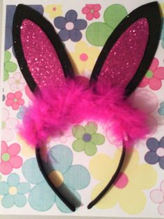 corbatin en foami - Buscar con Google Crafts For Teens, Diy And Crafts, Little Sis, Ideas Para Fiestas, Photo Booth Props, Hand Stitching, Painted Rocks, Fascinator, Headbands