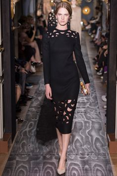 Valentino Fall 2013 Couture - Review - Fashion Week - Runway, Fashion Shows and Collections - Vogue