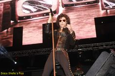 Band- Bunbury- Reventon Super Estrella 107.1 FM at Staples Center - Copyright: Disco Stella's Pics.