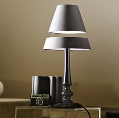 Crealev light-light silhouette