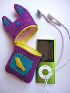 Kitty Cat Cell Phone or Gadget Case - Will make it in black!
