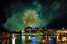 25 Spectacular Fireworks Photography examples