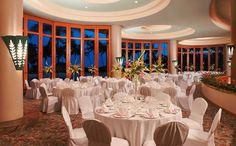 Hilton Waikoloa Village - Hawaii Venues - Formal indoor wedding reception venue