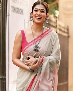 South Indian actress Nayanthara gorgeous in sari. A small bindi in place, the actor finished out her look with eye make-up and statement silver jewelry, jhumka earrings, necklace and bangles, probabaly from from Amrapali. She looked lovely! Nayanthara In Saree, Nayanthara Hairstyle, Beautiful Saree, Beautiful Indian Actress, Dress Indian Style, Indian Outfits, Cutwork Saree, Kajal Agarwal Saree, Sari Blouse Designs
