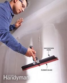 Whether you're finishing a basement, repairing a damaged wall, or hanging drywall in a new house, these taping tips will help you make smooth, invisibl * Check out more useful info at the image link. Drywall Tape, Drywall Repair, Fixing Drywall, Hanging Drywall, Drywall Finishing, Basement Finishing, Gypse, Drywall Installation, Home Fix