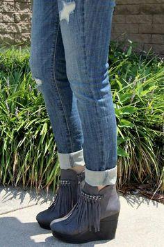 Grey fringe boots, Carols boutique FB