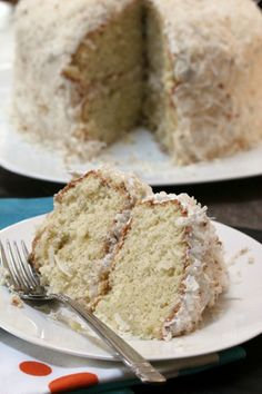 Fluffy Coconut Cake with Toasted Coconut Frosting - March's Dessert of the Month Sweet Desserts, Sweet Recipes, Delicious Desserts, Top Dessert Recipe, Dessert Recipes, Dessert Dishes, Cupcake Recipes, Cupcake Cakes, Cupcakes