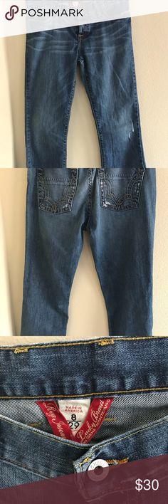 "Lucky Brand Size 8/29 Mom Jeans ❗️❗️BUY TWO GET ONE FREE SALE ❗️❗️ Lucky brand Size 8/29 Flared ""Mom jeans""  Waist - 29"" Inseam - 32""  #kingcozi #aesthetic #fashion #style #streetwear #vintage #vintagestreetwear #90svintage #cozy #mensfashion #womensfashion #menswear #streetstyle #lifestyle #colors #sportswear #bodypositive #cybermonday #blackfriday Lucky Brand Jeans Straight Leg"