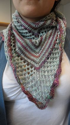 Free Pattern: Suzon shawl by Cecile Berne