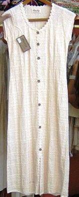 Weißes #Strandkleid, vorne knöpfbar aus #ökologischer #Baumwolle