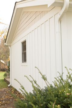 James Hardie Siding - Board and Batten - ColorPlus Arctic White ...