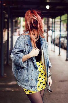 Blogger Luanna Perez-Garreaud in a dope oversized acidwash denim jacket