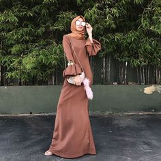 Baru Baju Kurung : Likes, 9 Comments - Izreen Syafika (Izreen Syafika) on . Hijab Gown, Hijab Dress Party, Hijab Outfit, Dress Outfits, Abaya Fashion, Muslim Fashion, Modest Fashion, Fashion Dresses, Dress Brokat Muslim