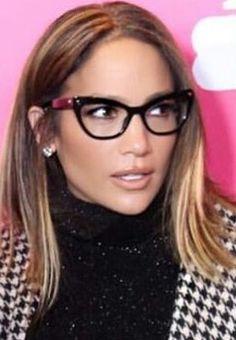 Cute Glasses, Glasses Frames, Jennifer Lopez, Doll Hair, Eyeglasses For Women, Classy Women, Shoulder Length, Look Cool, Eyewear
